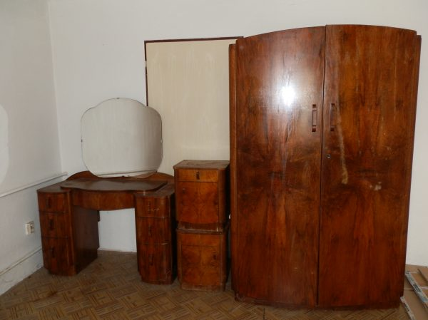 náhled 2 skříně + 2 noční stolky + toaletní stolek
