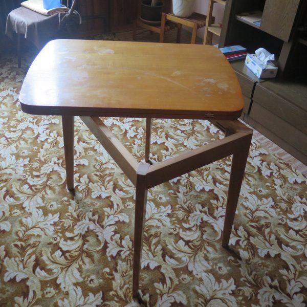 náhled Rozkládací stolek