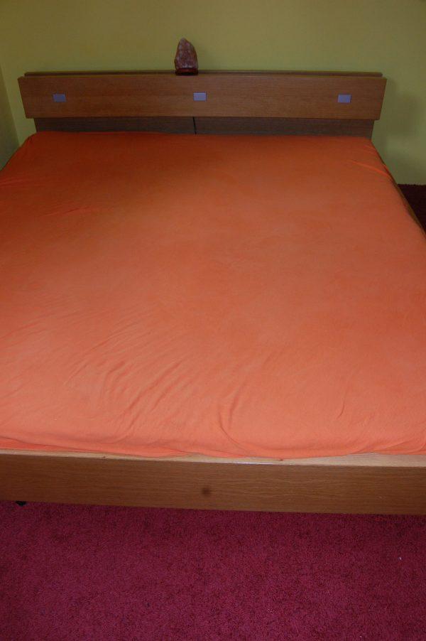 náhled kvalitni dubova manzelska postel 180x200cm