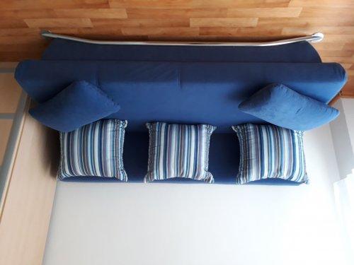 náhled Modrá sofa
