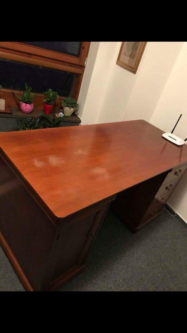 náhled Starožitný stůl