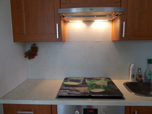 náhled dřevěná kuchyňská linka do L pravá