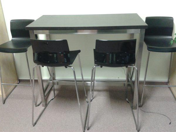 náhled Jídelní barový stůl + 4 židle