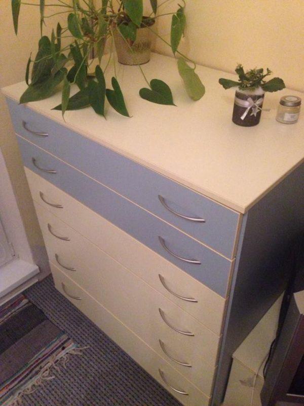 náhled Nabízím soupravu nábytku vyrobenou na míru.