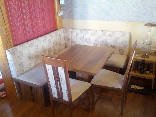 náhled Rohova lavice  2 židle a stul--DOBRÝ STAV