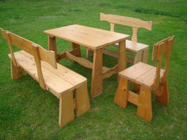 náhled Prodám dřevěný stůl a židle