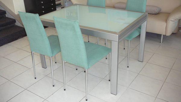 náhled Prodám velký rozkládací stůl kov / sklo