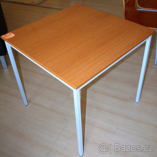 náhled Jídelní stůl + 2 židle