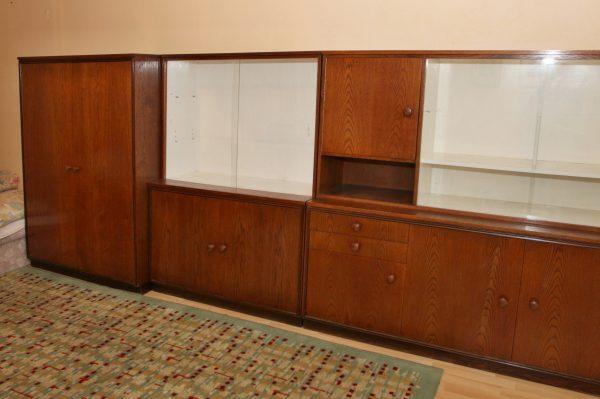 náhled Historický obývací nábytek třídílný