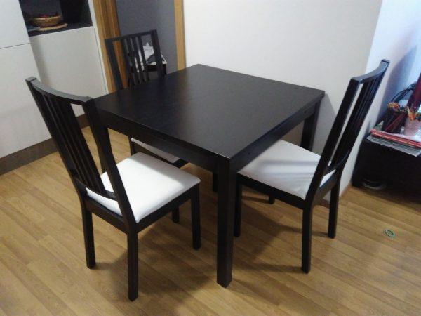 náhled Rozkládací jídelní stůl včetně židlí
