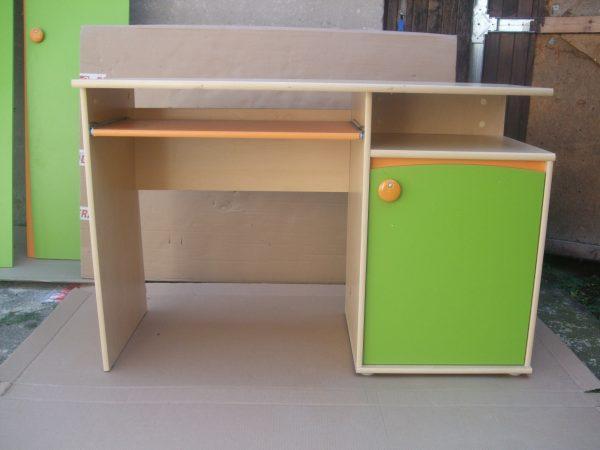 náhled Sestava  8 dílná dětského nábytku -velice zachovalá