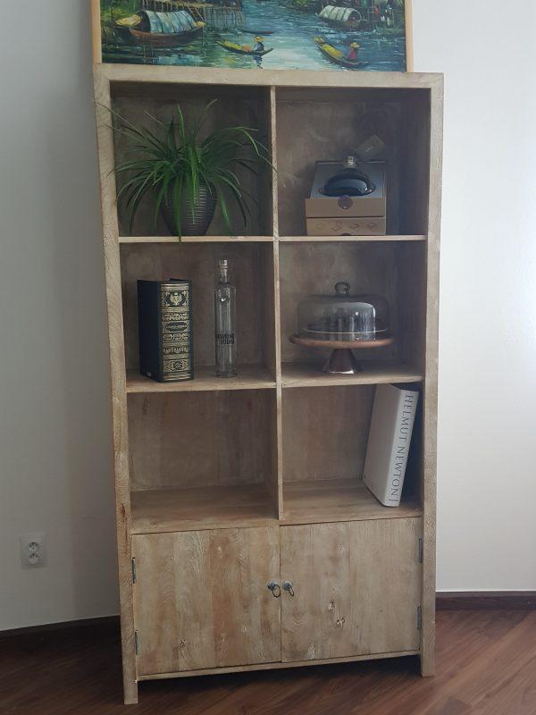 náhled Dřevěná komoda