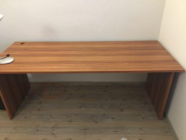 náhled Stůl (kancelářský)