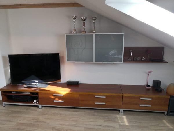 náhled Prodám obývací stěnu + komodu