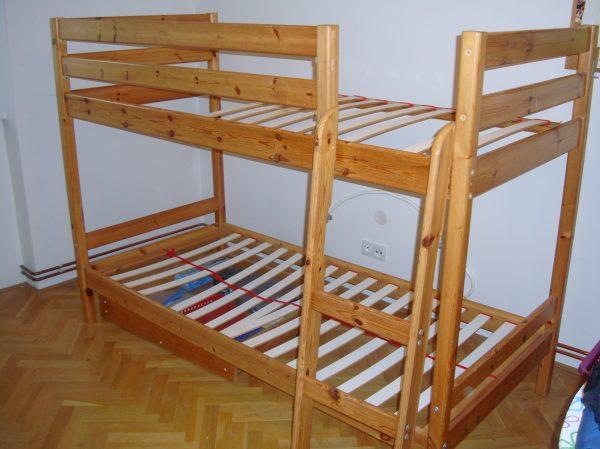 náhled Dám patrovou postel borovice za odvoz
