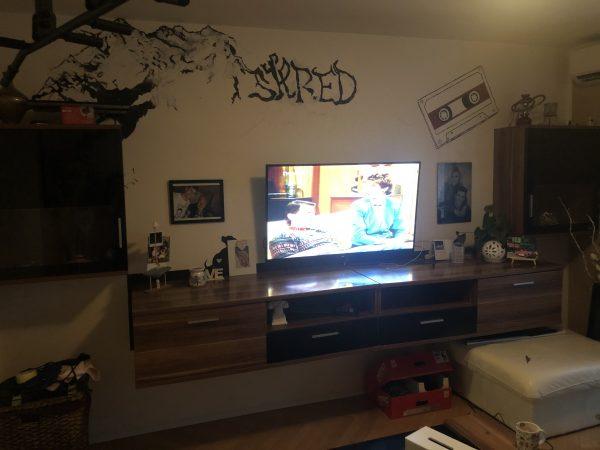 náhled Prodám obývací stěnu vč.konferenčního stolku