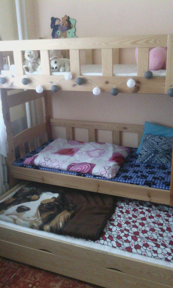 náhled Patrová postel-Masív