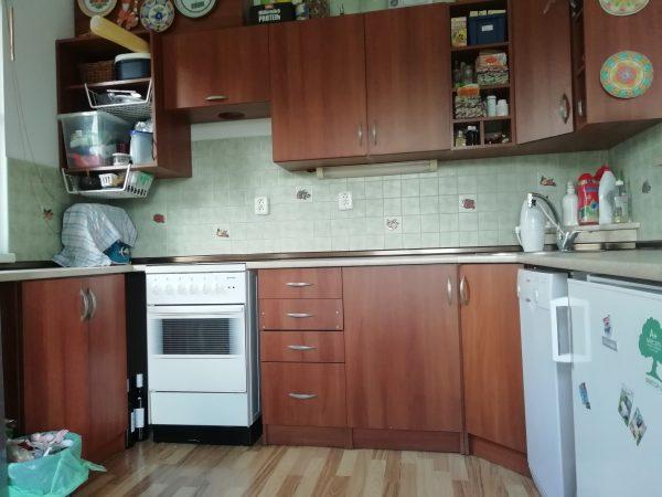 náhled Kuchyň bez spotřebičů, případně s myčkou