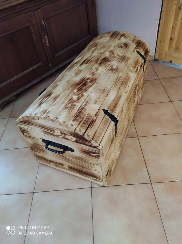 náhled Krásná dřevěná truhla ručně  vyrobená